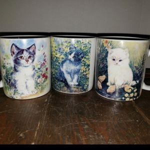 Mugs and Knobs